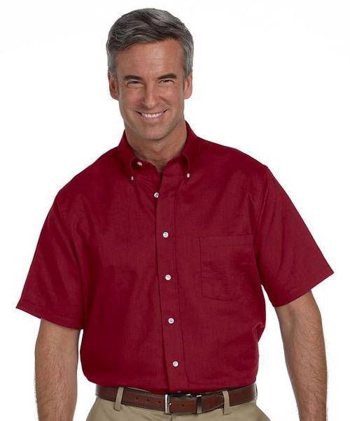 Ike barinholtz van heusen wrinkle free short sleeve dress for Van heusen men s short sleeve dress shirts